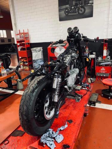 Transformacion Harley Davidson Sportster (15)