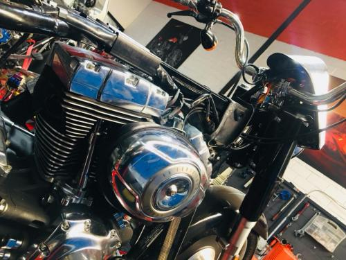 Transformacion Harley Davidson 7153