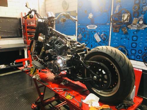 Transformacion Harley Davidson 7154