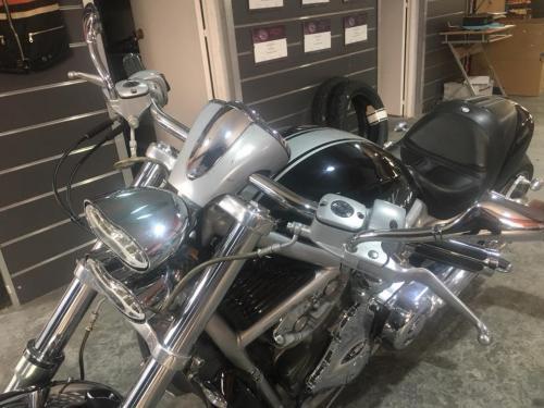 Transformacion Harley Davidson 7383
