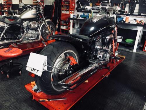 Transformacion Harley Davidson 7404