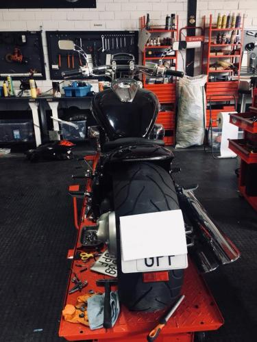 Transformacion Harley Davidson 7406