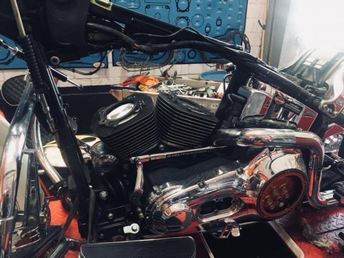 Transformacion Harley Davidson 7548
